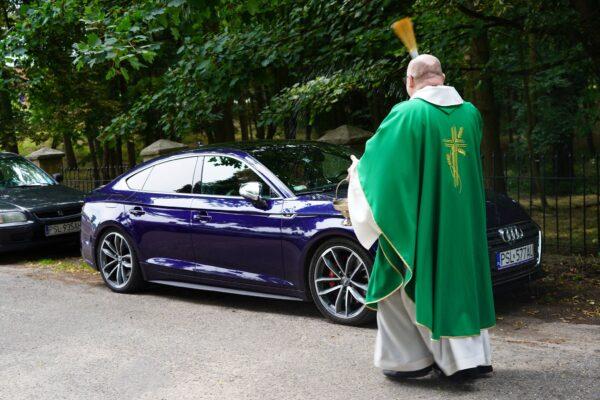 Modlitwa do św. Krzysztofa i błogosławieństwo pojazdów